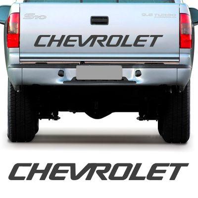 Adesivo Chevrolet da Tampa da Caçamba - S10 1995 a 2000 Grafite