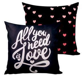 Almofada All You Need Is Love Amor