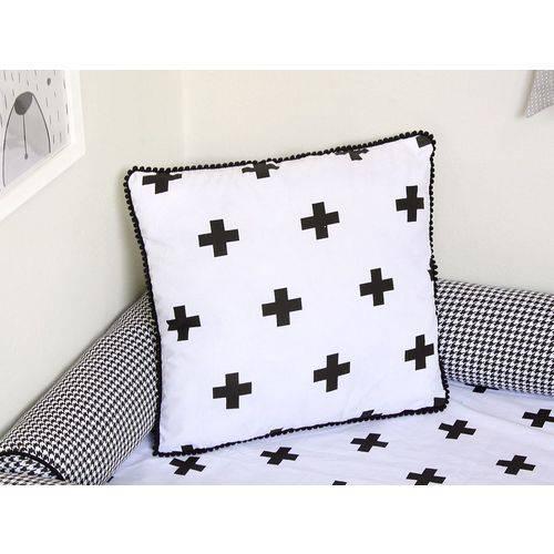 Almofada Black Cruz Preto e Branco