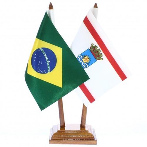 Bandeira de Mesa Brasil e Florianópolis 6417PM