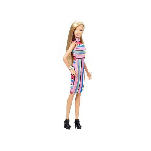 Boneca Barbie Fashionistas 68 Candy Stripes – Original FBR37 - Mattel