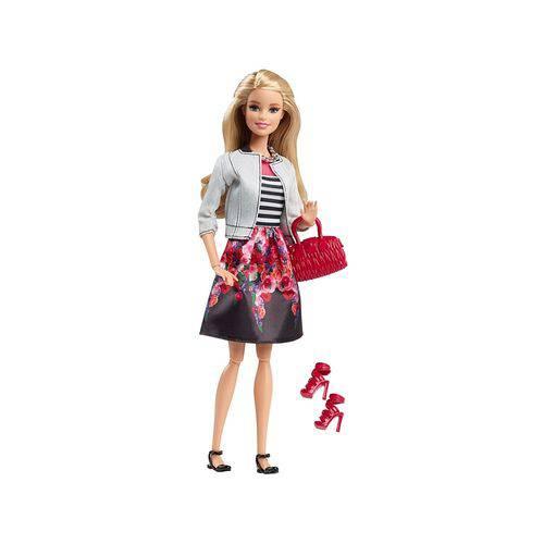 Boneca Barbie Style Saia Floral Dhd85 - Mattel