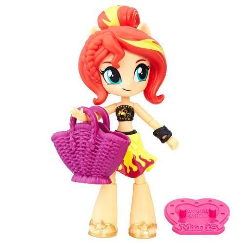 Boneca Hasbro Little Pony Equestria Girls Cupcake C0839