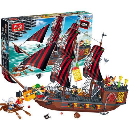 Brinquedo de Montar Pirata Navio Invencível 850 Peças 8702