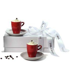 Café a Dois Branco/vermelho