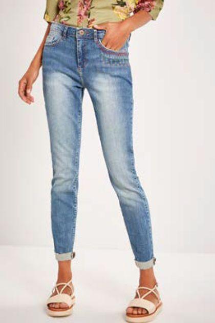 Calça Cantão I Skinny Detalhe Bordado - Jeans