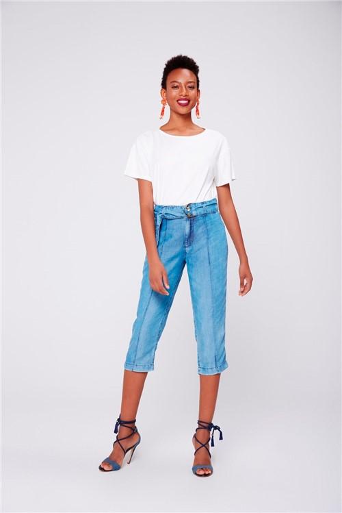 Calça Capri Jeans Feminina com Cinto