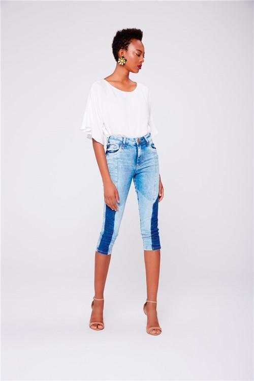 Calça Capri Jeans Feminina com Patches