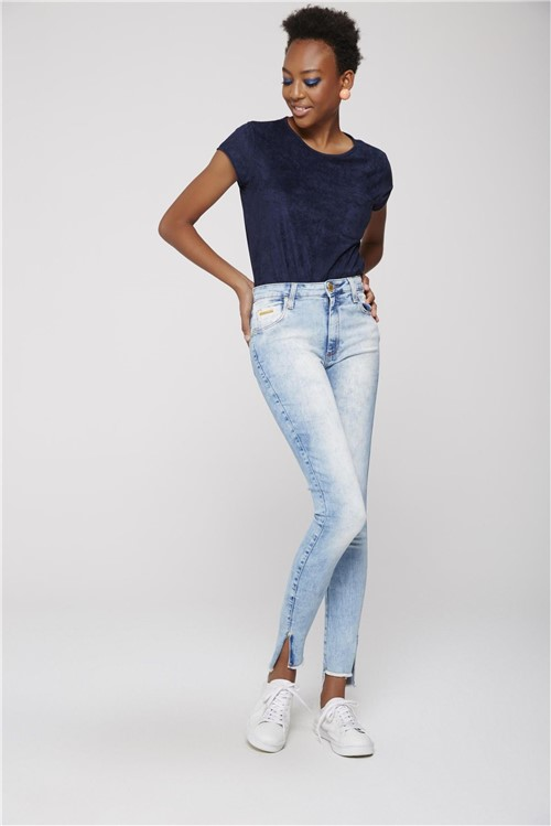 Calça Cigarrete Jeans com Fenda Lateral