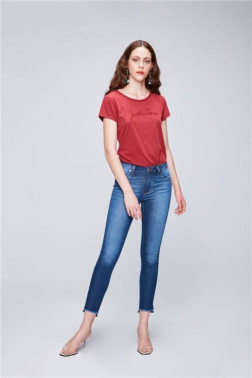 Calça Jeans Cropped com Barra Desfiada