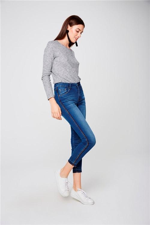 Calça Jeans Cropped Jegging com Detalhe