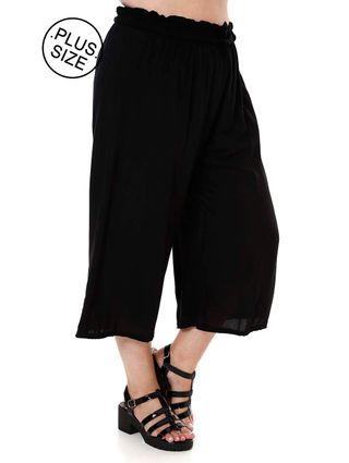 Calça Pantacourt Plus Size Feminina Preto