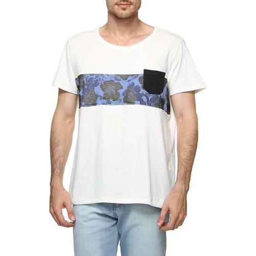 Camiseta Addict Barra Bolso Patch