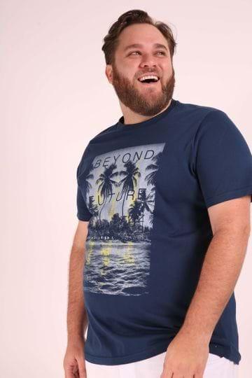 Camiseta Beyond Future Plus Size Azul Marinho EX