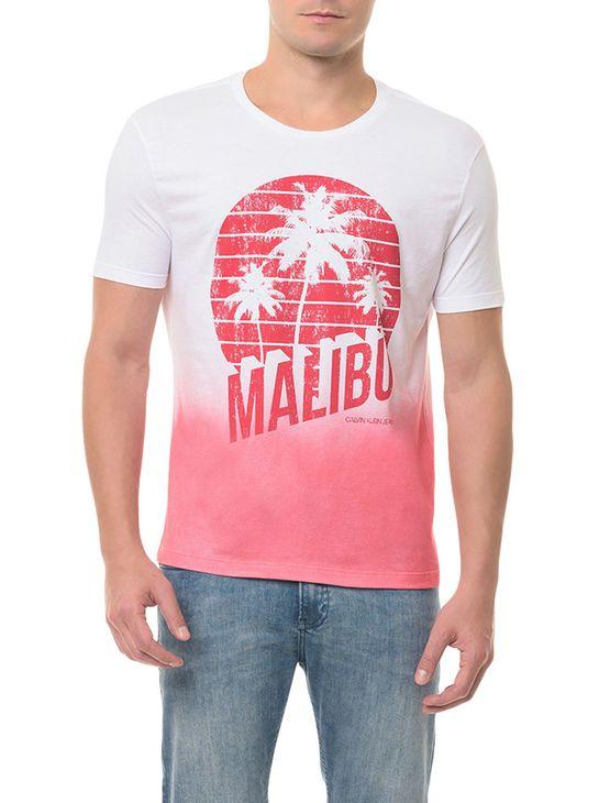 Camiseta CKJ MC Estampa Malibu Vermelha CAMISETA CKJ MC ESTAMPA MALIBU - VERMELHO - PP