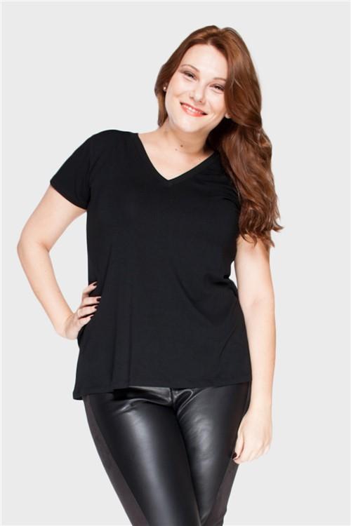 Camiseta Decote V Plus Size PRETO-48/50