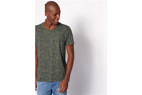 Camiseta Folhagem - Verde - P
