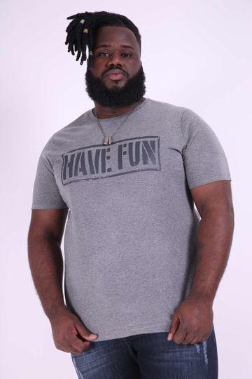 Camiseta Have Fun Plus Size Cinza P