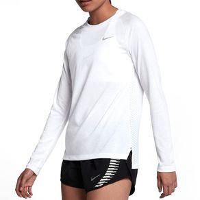 Camiseta Nike Ml Tailwind Branca Mulher G