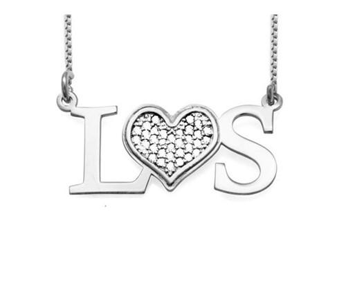Colar Pingente Personalizado Letras com Coração Cravejado com Cristais Zircônias em Prata 925