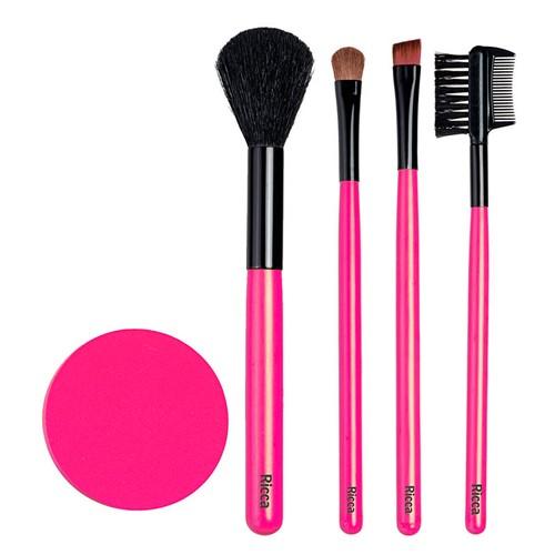 Conjunto de Pincéis para Maquiagem Ricca Cores Sortidas Ref 835 com 4 Pincéis + Esponja