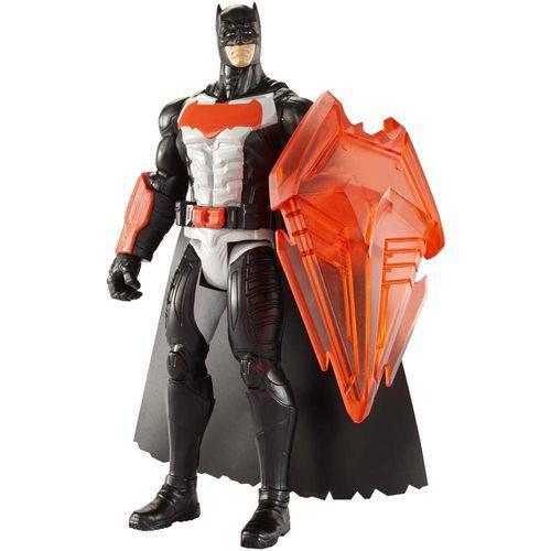 Figura 15 Cm - Dc Heroes - Batman Vs Superman - Batman com Escudo de Calor - Mattel