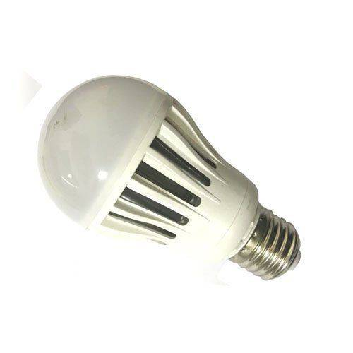 Lampada LED 7W Bulbo A60 Branco Frio