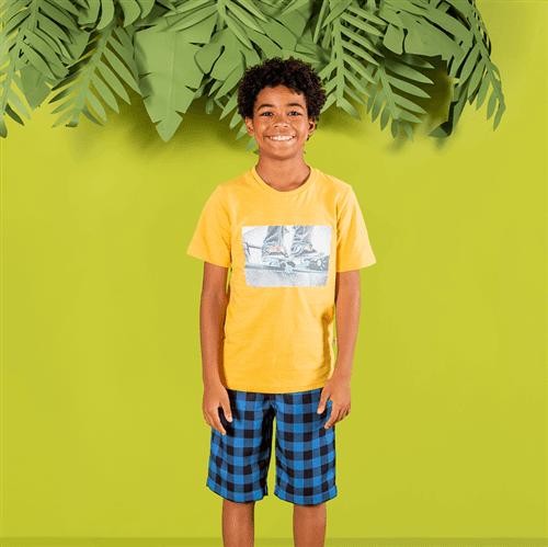 Look Camiseta e Bermuda 1043
