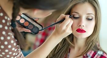 Masterclass Maquiagem: os Princípios da Beleza com Duda Molinos