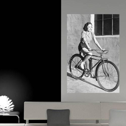 Painel Adesivo de Parede - Mulher Ciclista - N3043
