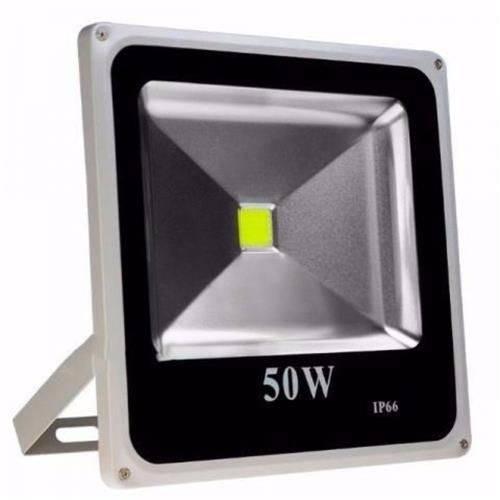Refletor de LED 50 Watts Bivolt 110 e 220v Verde