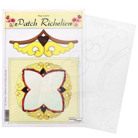 Régua para Patch Richelieu Márcia Caires Modelo 18 - Barrado Clássico com Coração