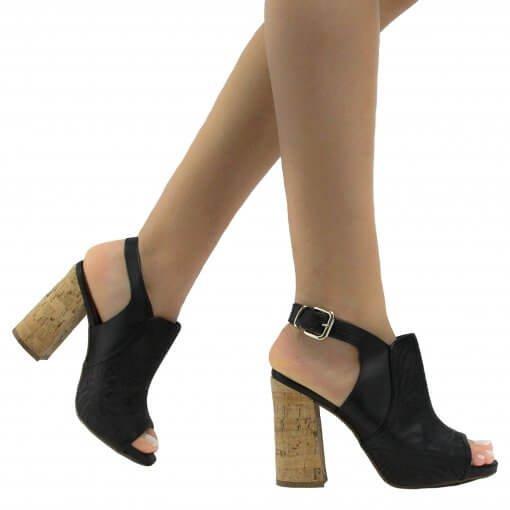 Sandália Zariff Shoes Casual Fivela 7817-201 | Betisa