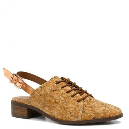 Sapato Cravo e Canela Chanel Fivela 152602 | Betisa