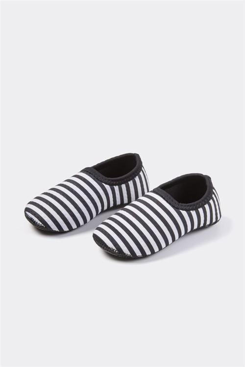 Sapato Neoprene Listras Bzzz - Bb Básico 17 - BRANCO/PRETO
