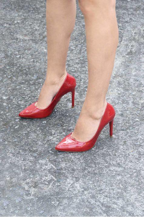 Scarpin Feminino Salto Alto Jayne Mundial VERNIZ - VERMELHO 35