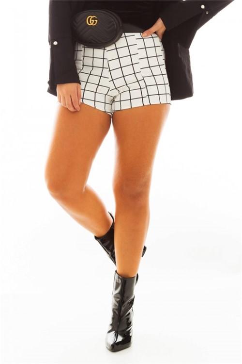 Shorts Hot Pants Estampa Xadrez SH0376 - Kam Bess