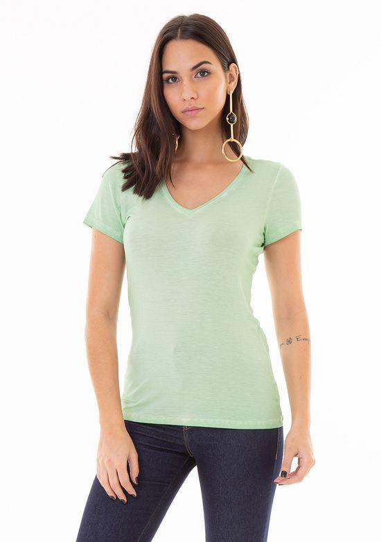 T-Shirt Básica com Tingimento Diferenciado