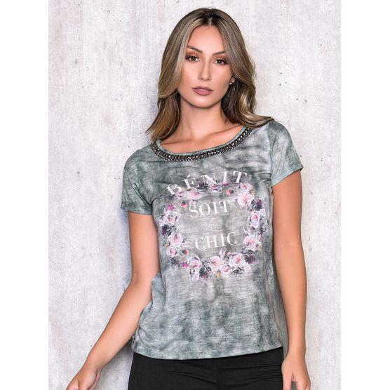 T-Shirt com Estampa Localizada e Bordado Manual G
