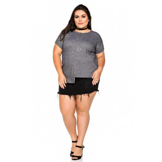 T-Shirt Plus Size em Malha Canelada com Recorte Pesponto P