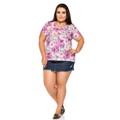 T-Shirt Plus Size Estampada Gato e Floral M