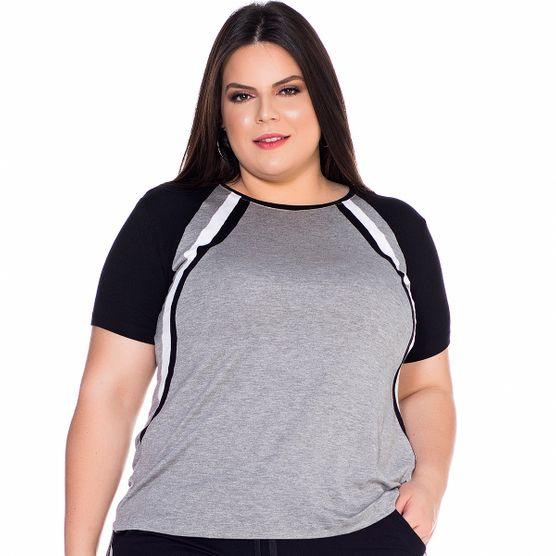 T-Shirt Recorte Tricolor Plus Size T-Shirt Recorte Tricolo Plus Size P