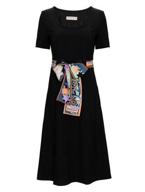 Vestido Curto de Lã Preto Tamanho 38