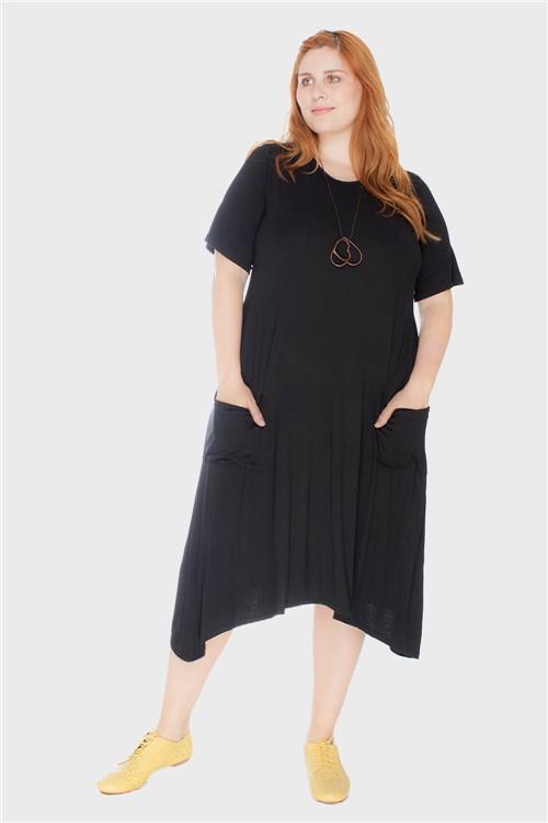 Vestido Evasê com Bolsos Plus Size Preto-46/48