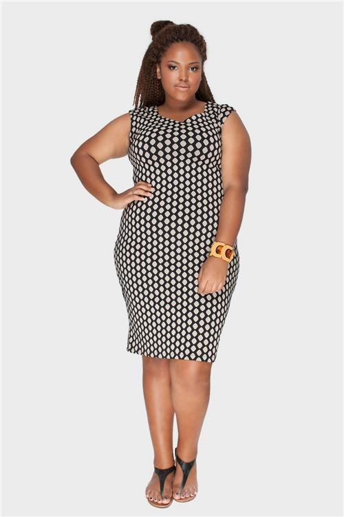 Vestido Jacquard Plus Size Preto-48