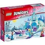 10736 - LEGO Juniors - o Pátio de Recreio Gelado de Anna e Elsa