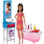 Barbie Móvel com Boneca Bathroom - Mattel