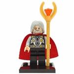 Bloco de Montar Odin Pai do Thor Vingadores Avengers Marvel Compatível LEGO