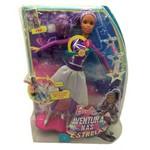 Boneca Barbie Amiga Negra com Hoverboard Luz e Som - Mattel