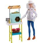 Boneca Barbie Cuidadoras de Abelhas DHB63 - Mattel